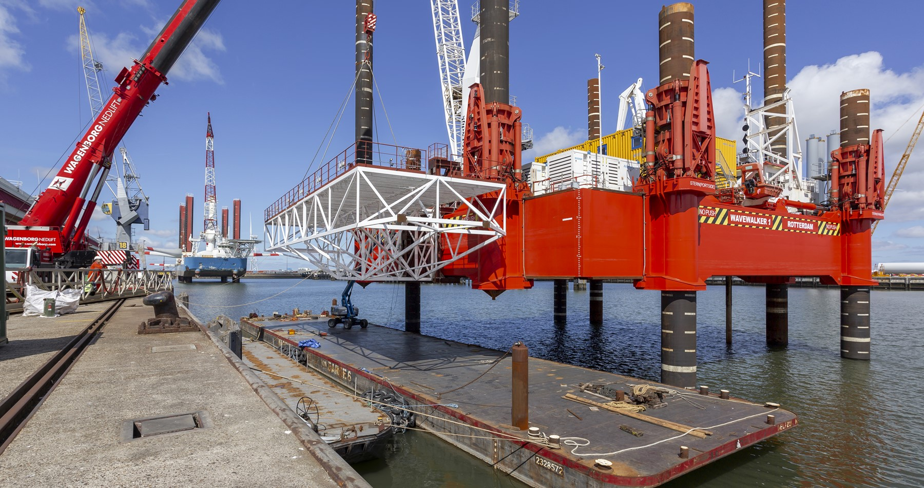 Wagenborg supports mobilization WaveWalker in base port Eemshaven