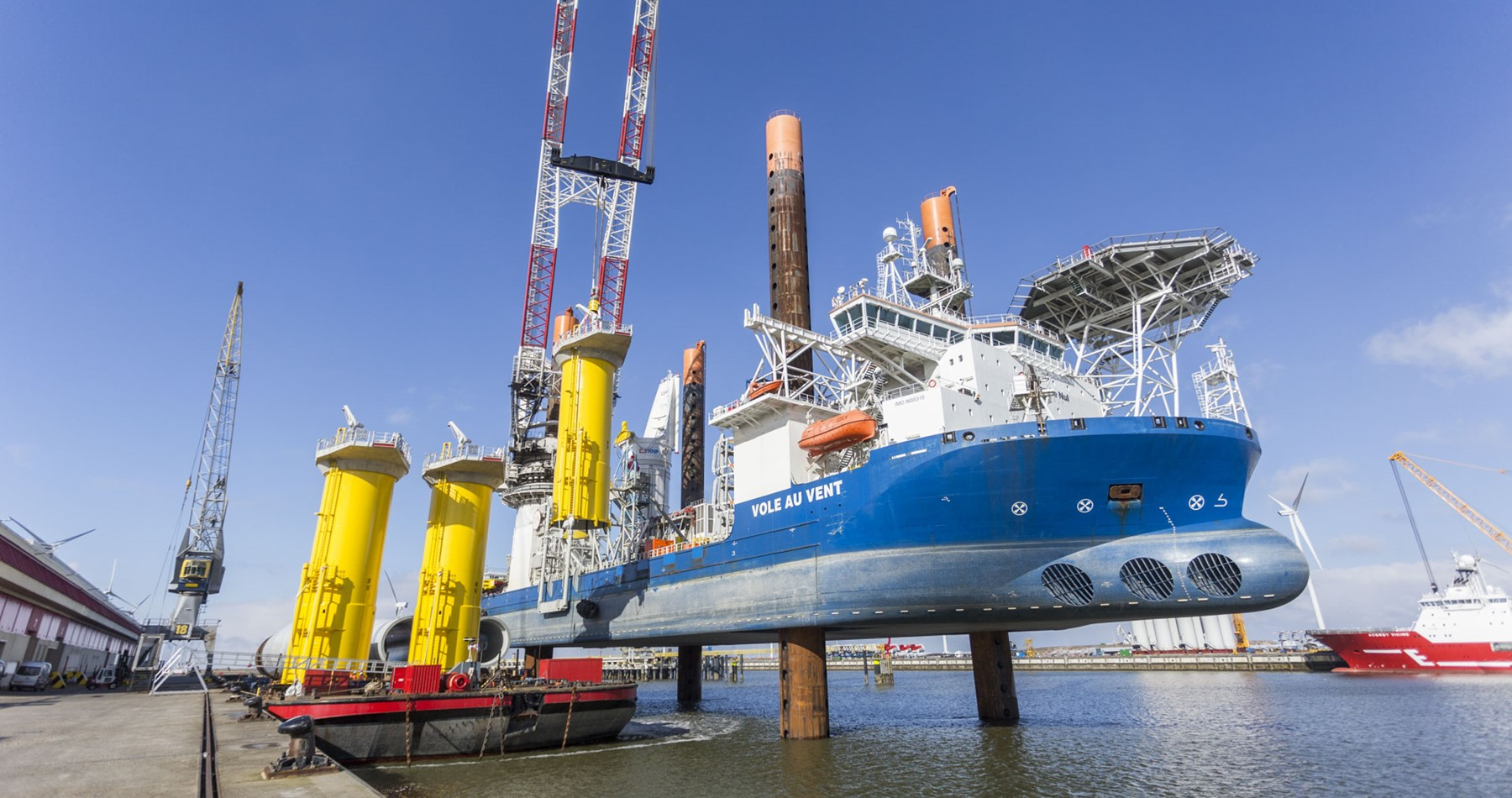 First monopiles and transition pieces for Borkum Riffgrund II delivered