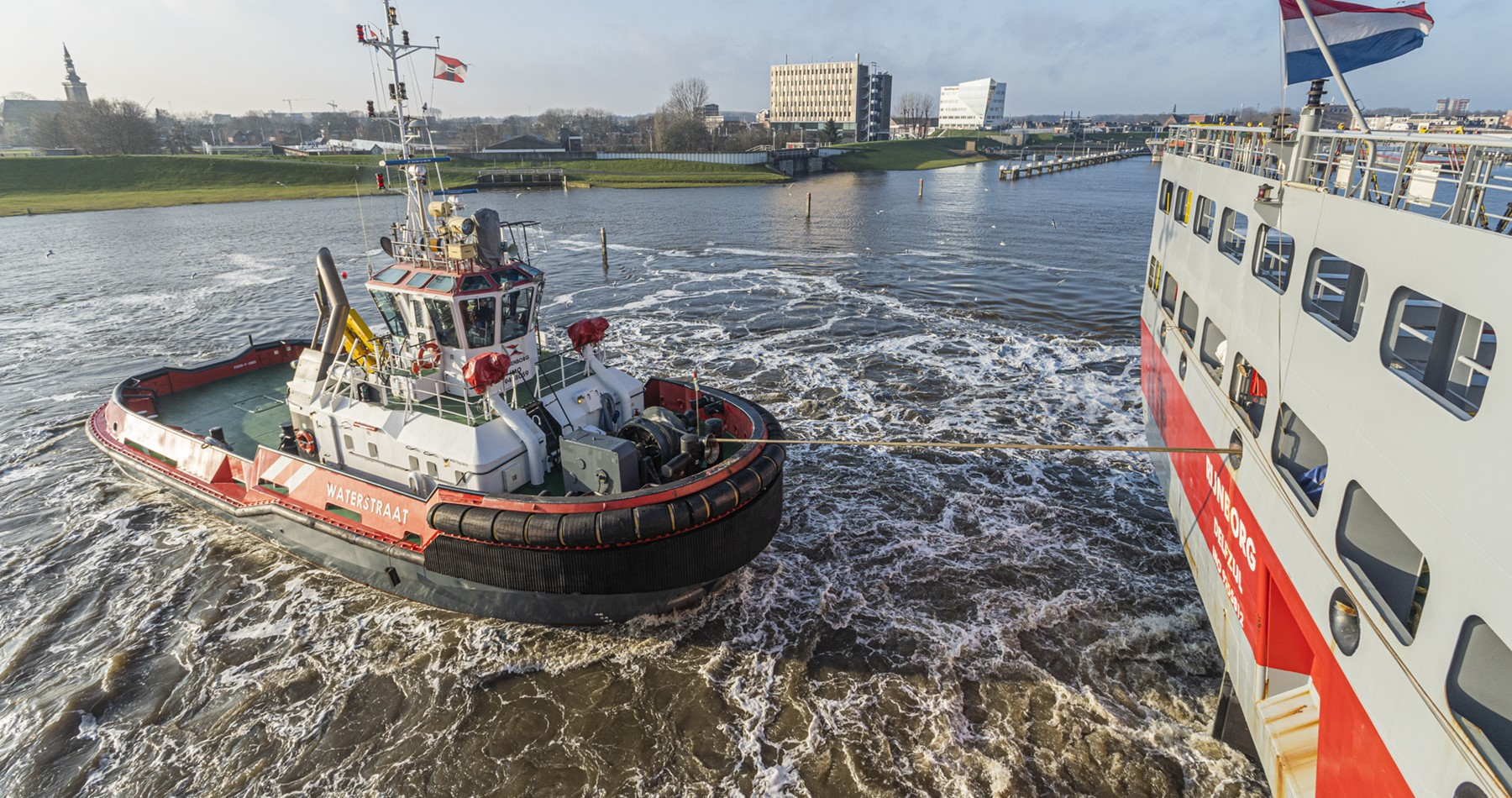 Tug assistance for MV Rijnborg in port of Delfzijl