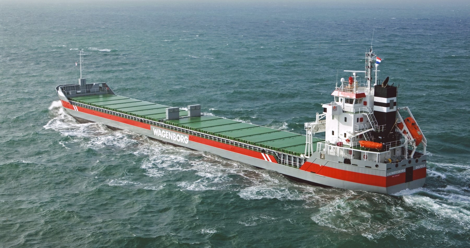 MV Lauwersborg shipped woodpulp from Baltic to the Continent