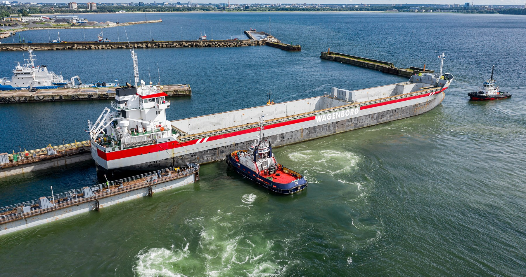Special survey and ballast water treatment system for MV Fivelborg
