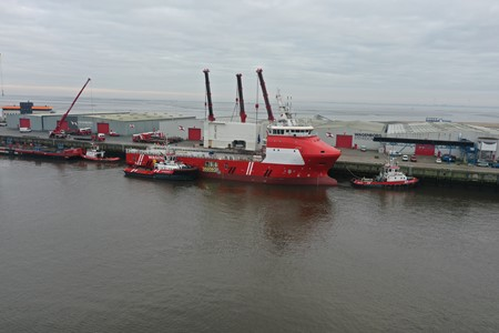 Wagenborg Offshore signs contract for third walk to work vessel on the Southern North Sea